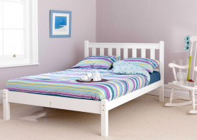 friendship-mill/fsm-White-Shaker-Bed.jpg