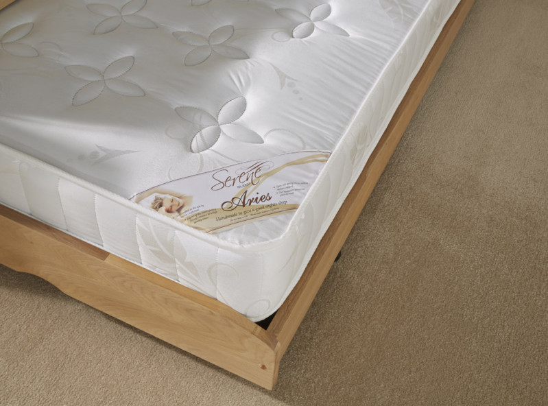 serene/Guest-Bed-&-Serene-Aries-Mattress-Cameo-02.jpg